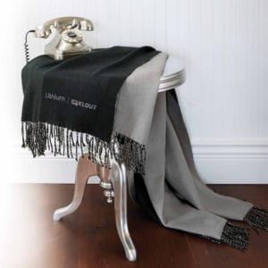 classic_reversible_throw_black-cropped