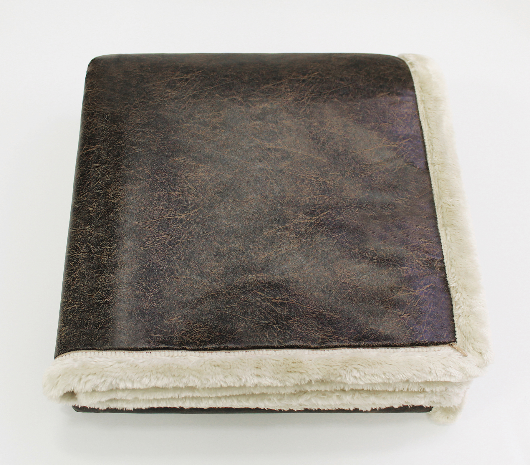 Faux Leather Throw Pro Towels